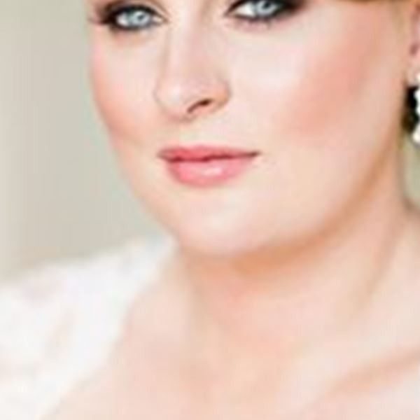 Hair and Makeup-Zoe O'Meara Makeup Artistry