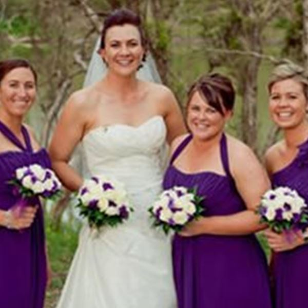 Judys wedding bouquets hire wedding decorations rockhampton wedding decorations judys wedding bouquets hire junglespirit Gallery