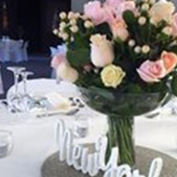 Judys wedding bouquets hire decorations rockhampton easy decorations judys wedding bouquets hire junglespirit Choice Image