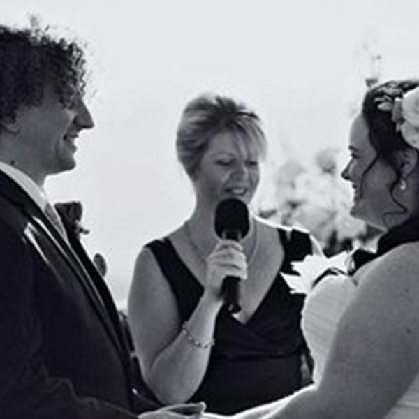 Marriage Celebrant-Coastal Weddings - Fiona Duce