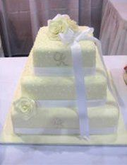wedding cakes brisbane west patisserie wedding cakes toowong easy weddings 23958