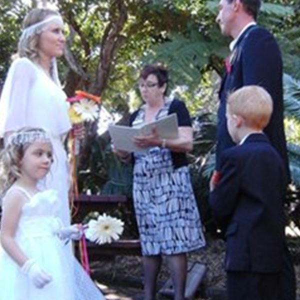 Marriage Celebrant-Kerrie Barber-White Celebrant