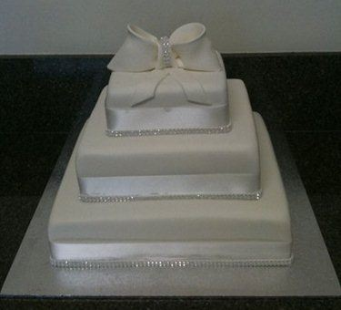wedding cakes essendon baker wedding cakes essendon easy weddings 24321