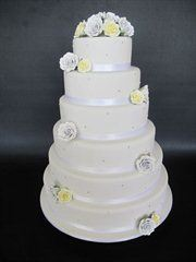 wedding cakes melbourne price the jolly miller wedding cakes melton easy weddings 25017