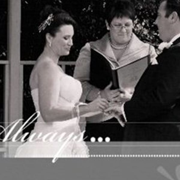 Marriage Celebrant-Vicki Heenan Authorised Marriage Celebrant