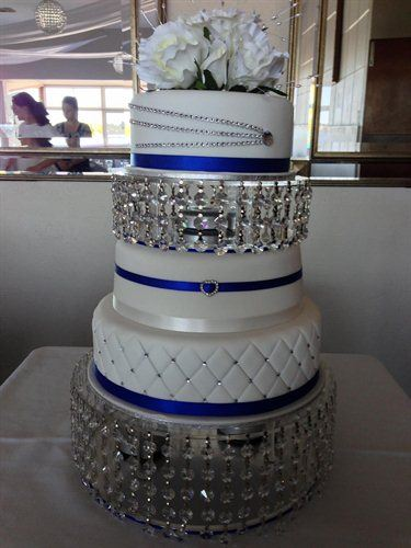 crystal wedding cakes pictures cake elegance wedding cakes woodvale and bertram 13124