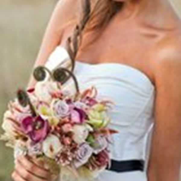 Wedding Flowers-Chanele Rose Flowers & Styling