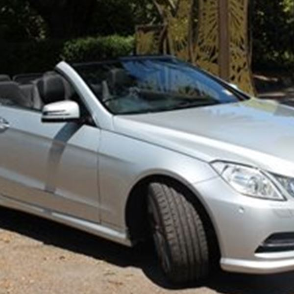 Wedding Cars-Brilliant Benz Chauffeur Hire