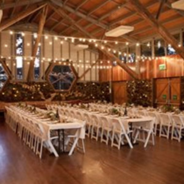 Wedding Venues-Hanging Rock Hall